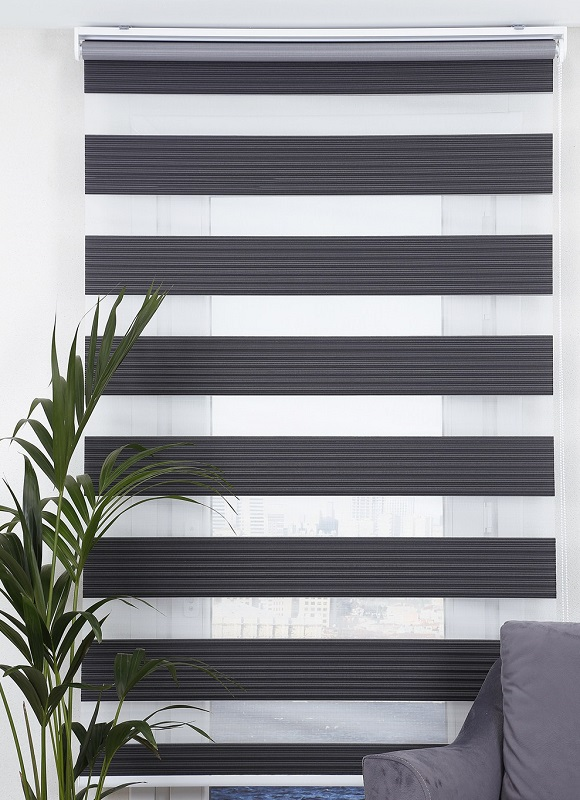 pliseli-zebra-perde-siyah.jpg