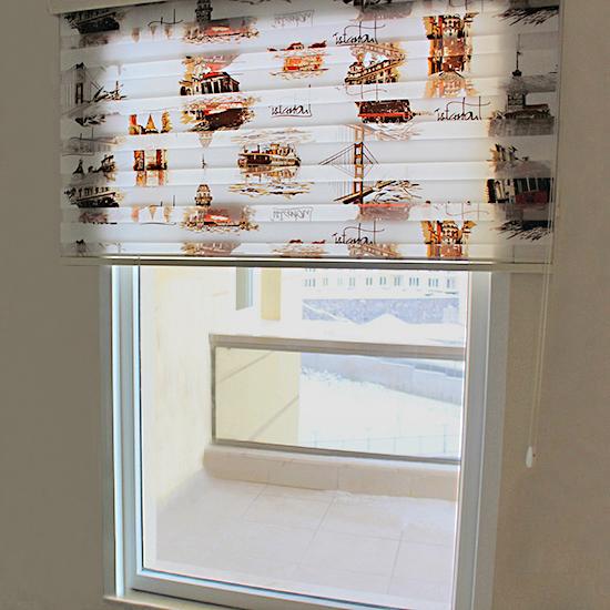 İstanbul desenli yada baskılı zebra perde daha çok spor dekore edilmiş odalarda, mutfak ve çocuk odalarında tercih edilir.