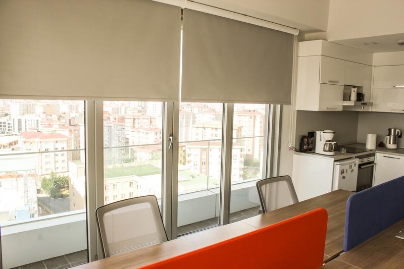 Ofislerde Modern Şıklık
