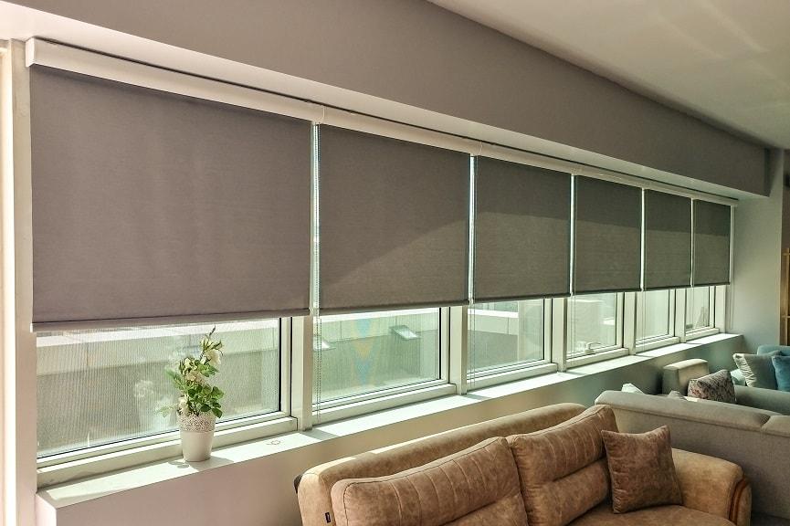 stor perde modellerinde olan gri renkler daha çok iş yerlerinde kullanılır.